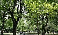 戸山公園 約70m(徒歩1分)