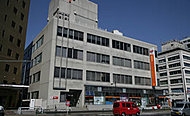 新宿諏訪町郵便局 約380m(徒歩5分)