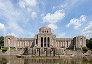 聖徳記念絵画館 約770m(徒歩10分)