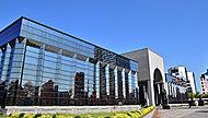 福岡市博物館 約980m(徒歩13分)