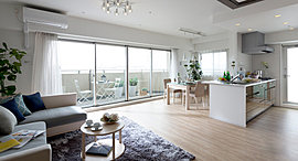 棟内モデルルーム(7階701号室:A2タイプ)を撮影(2015年9月)
