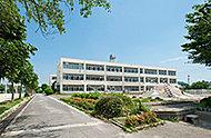 春日井市立山王小学校 約1,440m(徒歩18分)