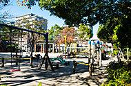 上篠崎四丁目公園 約390m(徒歩5分)
