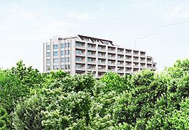 ※宮前平第二公園(120m)より現地を望む※この絵図は図面を基に描き起こした完成予想図と宮前平第二公園の写真(2014年12月撮影)をCG処理により合成したもので、 実際とは多少異なります。
