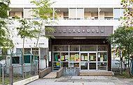 足立区渕江住区センター分館・ 西保木間児童館 約320m(徒歩4分)