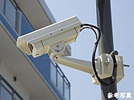 共用スペースに侵入抑制効果等を高めるための防犯カメラ8台(エレベータ内を除く)を設置しています。