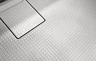規則正しい床面のパターンが、水を誘導してカラリとさわやか。ブラシの通りもよく、お手入れラクラクです。