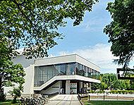 北海道立近代美術館 約1,150m(徒歩15分)