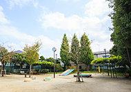 東小岩すぎの子児童遊園 約440m(徒歩6分)
