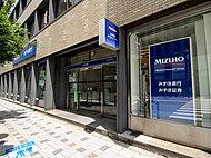 みずほ銀行船場支店 約350m(徒歩5分)