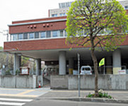 札幌市立中央幼稚園 約180m(徒歩3分)