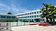 市立 伊勝小学校(正門) 約370m(徒歩5分)