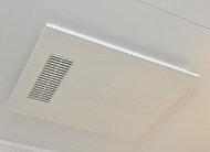 暖房・涼風・換気や衣類乾燥もできる多彩な機能が魅力の電気浴室暖房乾燥機を採用しました。