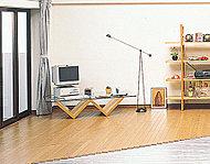 足元から部屋全体を温めるガス温水床暖房ヌック。空気を汚さないのも魅力です。※参考写真