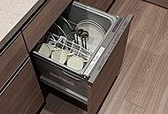 家事時間の短縮と共に、手洗いに比べて節水も可能です。ビルトインしたタイプなので場所をとりません。
