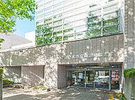 南浦和図書館 約320m(徒歩4分)