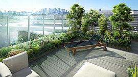 建物の屋上には、南面ヒルトップの最前列という立地条件を居住者間で共有できるよう建物の屋上に「共用ルーフテラス」が設置される。眼前には新宿の摩天楼を一望する美しい眺め。そこには、住まう方だけが知る特別な時間が流れています。