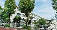 富士見台小学校 約480m(徒歩6分)※掲載の情報は2016年4月時点のものです。