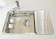 気になる生ゴミを簡単に処理できるディスポーザを設置。※一部処理できない生ゴミおよび使用できない洗剤もあります。