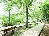 都立石神井公園 約1,880m(徒歩24分)