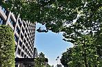 宮城県庁 約210m(徒歩3分)