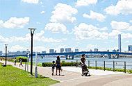 春海橋公園 約430m(徒歩6分)