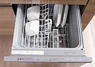 食器の出し入れが容易な引き出し式の「食器洗浄乾燥機」
