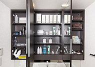 ヘアケア用品等をすっきり整理できる「鏡裏収納付三面鏡」