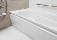 安全性と使いやすさに配慮して、浴槽のまたぎの高さを低くしています。