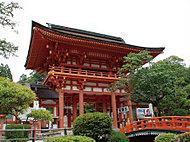 上賀茂神社 約310m(徒歩4分)
