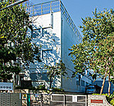 上石神井中学校 約360m