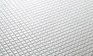 お手入れしやすく滑りにくい表面加工を施したカラリ床を採用。水はけがよく床を清潔に保ちます。