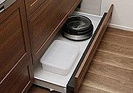 コンロ下の引き出しの底板には高品位ホーローを採用。清掃性・耐久性に優れているため日々のお手入れが簡単です。
