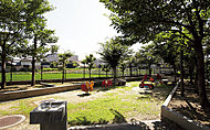 野辺坂公園 約430m(徒歩6分)