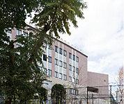 福岡雙葉中・高等学校 約420m(徒歩6分)