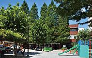 神明都電車庫跡公園 約270m(徒歩4分)