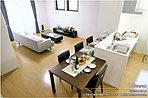 [16号地 内観]平成28年1月撮影※写真内の家具は価格に含まれますが、調度品は価格に含まれません。