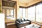[内観写真]平成27年10月撮影※写真の家具・調度品は価格に含まれません。