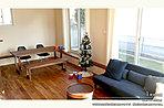 [1号地 内観]平成27年12月撮影 ※写真の家具は価格に含まれますが、調度品は価格に含まれません。