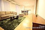 [12号地 内観]平成27年12月撮影 ※写真の家具・調度品は価格に含まれません。