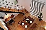 [内観写真]平成27年10月撮影 ※写真内の家具・調度品などは販売価格に含まれません。