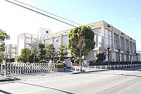 東刈谷小学校 (約1,200m:徒歩15分)