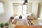 [C号地 内観]平成28年8月撮影 ※写真の家具・調度品は価格に含まれません。