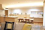 [1号地 内観写真]平成29年月撮影 ※写真内の家具は販売価格に含まれますが、調度品は販売価格に含まれません。