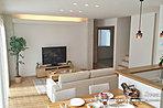 [9号地 内観]平成28年8月撮影 ※写真の家具・家電・調度品は価格に含まれません。