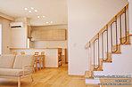 [内観写真]平成28年8月撮影 ※写真内の家具は販売価格に含まれます。