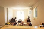[2号地 内観]平成29年3月撮影 ※写真の家具・調度品は価格に含まれません。