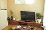 [1号地 内観]平成28年6月撮影 ※写真の家具は価格に含まれますが、家電・調度品は含まれません。
