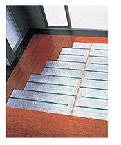 リビング・ダイニングには床暖房を標準装備