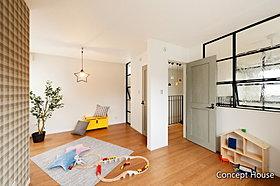キッズルームは将来部屋を2つに区切れるよう、ドアを2つ配置。